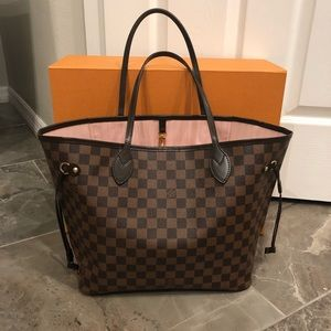 Authentic Louis Vuitton Neverfull MM Tote!